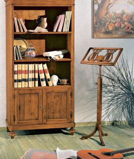 Libreria In Legno A Due Ante Con Un Ripiano